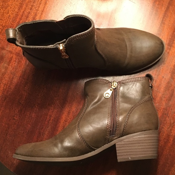 Guess Shoes - Women's Guess Ankle Boots